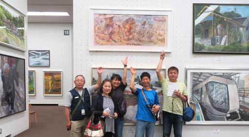 001・2019日水「岩崎ナギ作品前」集合写真・510.jpg